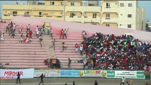 Смертельная давка на футбольном стадионе в Дакаре