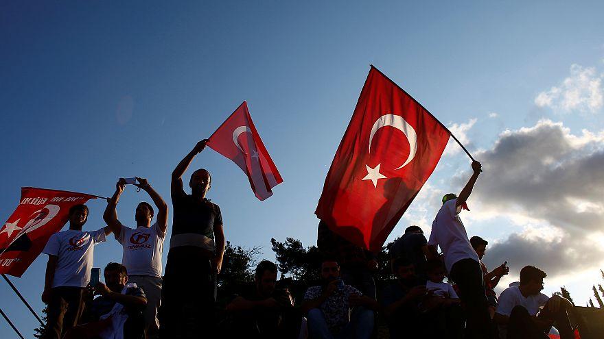 В Стамбуле открыт мемориал жертвам путча