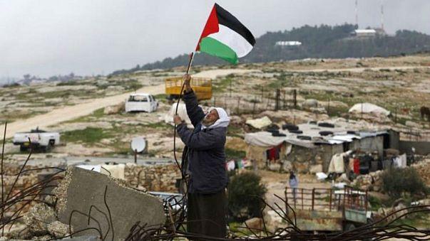 الجيش الاسرائيلي يقتل فلسطينيا في الضفة الغربية