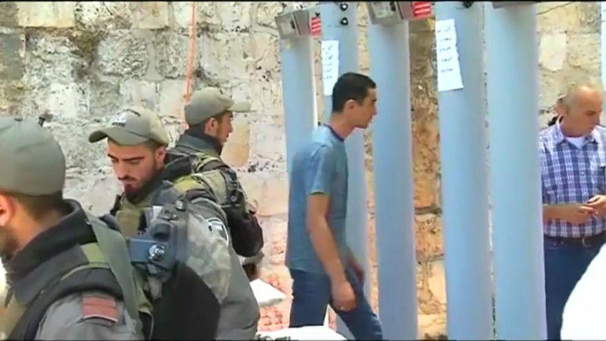 إسرائيل تعيد فتح الأقصى والمسلمون يرفضون الدخول