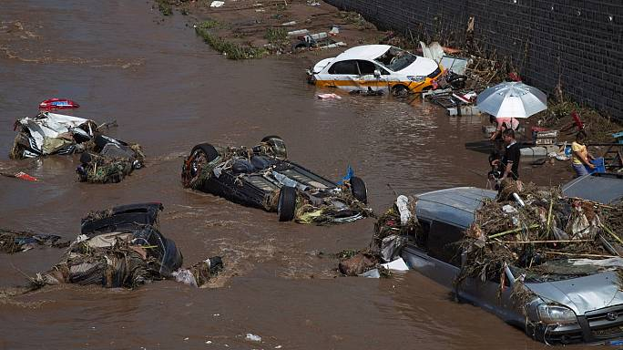 Olumsuz hava şartları Çin'i vurdu