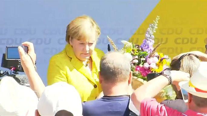 Merkel fa un comizio al mare (e rilancia su Europa)