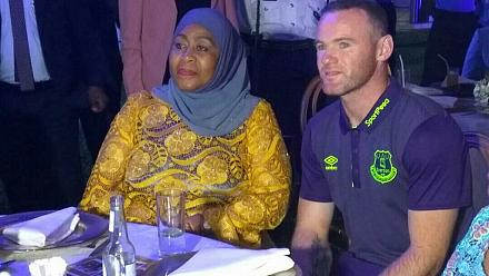Everton vs. Man United: Rooney helps Tanzania veep on who to support