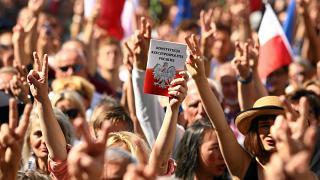 Protesters in Poland condemn judiciary reforms
