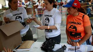Woman shot dead in voting queue in Venezuela