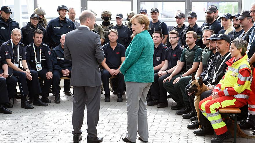 G20-Kritik: Merkel stützt Scholz