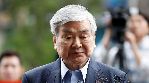 Image: FILE PHOTO: Korean Air Lines Chairman Cho Yang-ho arrives at a prose