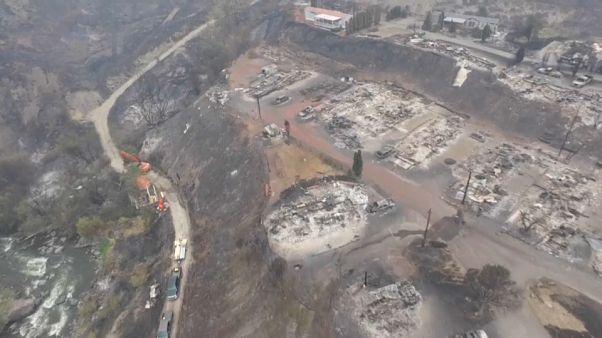 Incendies : 37 000 Canadiens évacués