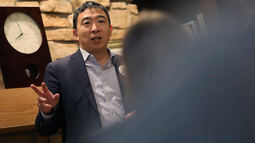 Image: U.S. 2020 Democratic presidential candidate Andrew Yang speaks at Po