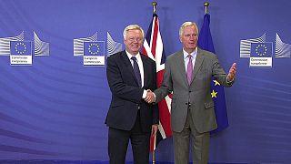Brexit-Verhandlungen: Brüssel und London wollen rasch zum Kern der Sache kommen