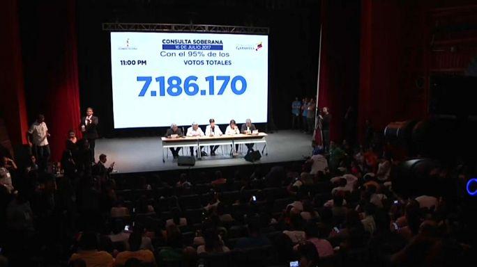 Venezuela : un vote contesté réunit plus de 7 millions de personnes