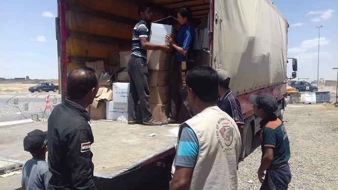 وزارة الهجرة والمهجرين تواصل تقديم المساعدات للنازحين عبر البطاقات الذكية