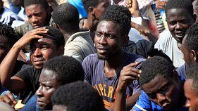 EU will mit Maßnahmen gegen Schlepperbanden Flüchtlingsstrom aus Afrika eindämmen
