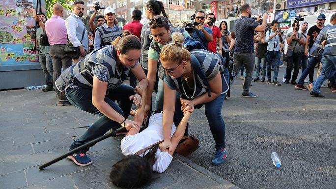 Protestas por la prórroga del estado de emergencia en Turquía