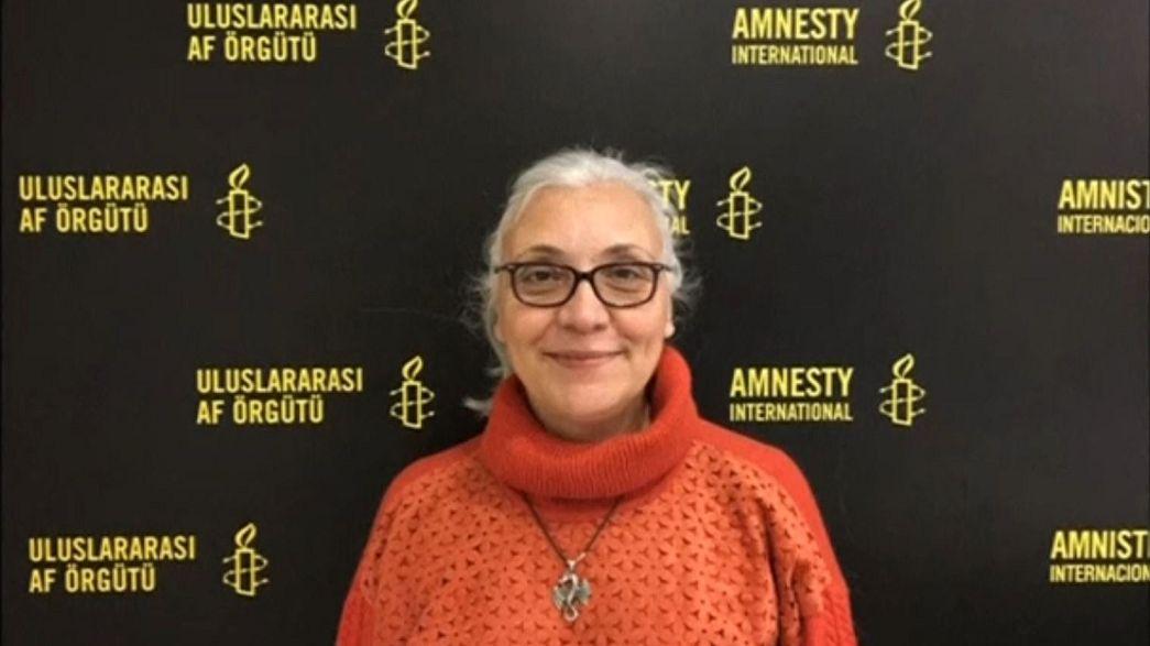 Шесть активистов и руководитель Amnesty International в Турции остаются под стражей