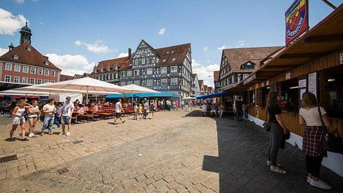 صدامات واتهامات بالتحرش الجنسي تورط فيها طالبو لجوء ومهاجرون في ألمانيا