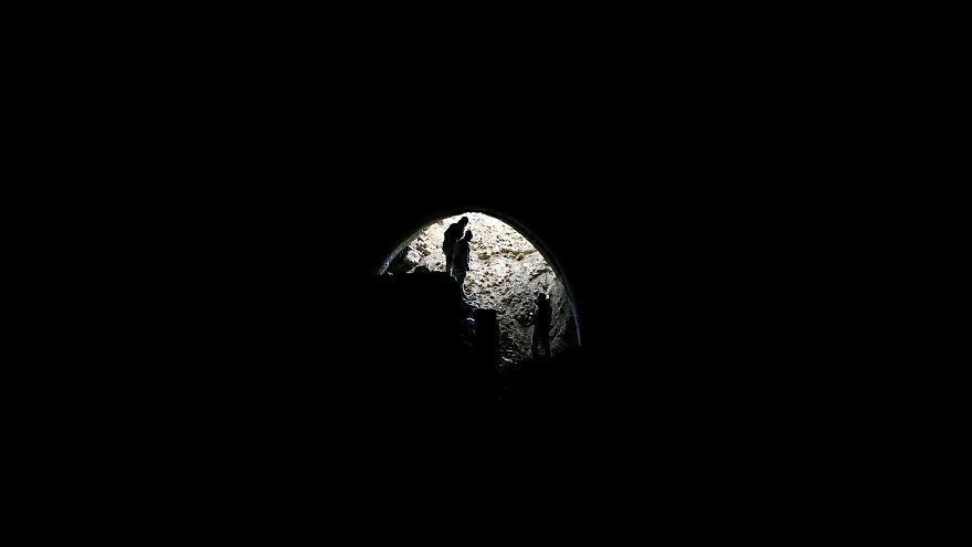 Deutsche IS-Kämpferinnen in Mossuls Tunneln?