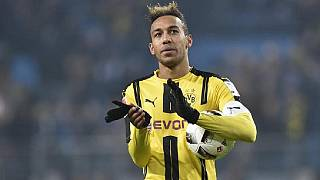 Aubameyang trains with Dortmund amid transfer speculation