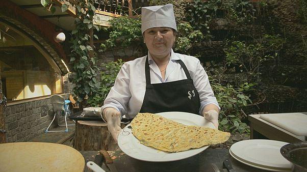 El qutab, estrella de la cocina azerí