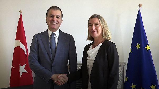 "Mogherini deveria condenar ""injustiça ultrajante na Turquia"", diz Amnistia Internacional"