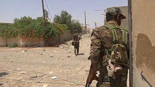Lento avance de la ofensiva en Raqa