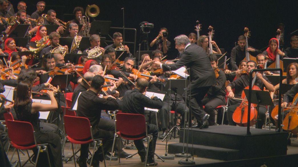 """""""Le vie dell'Amicizia"""" del Maestro Riccardo Muti. La musica come strumento di pace"""