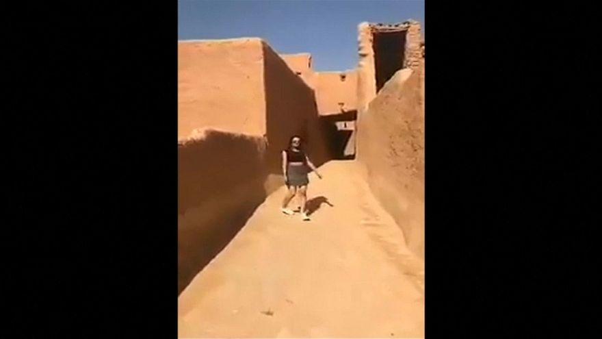 تنورة الفتاة السعودية تلهب مواقع التواصل الاجتماعي