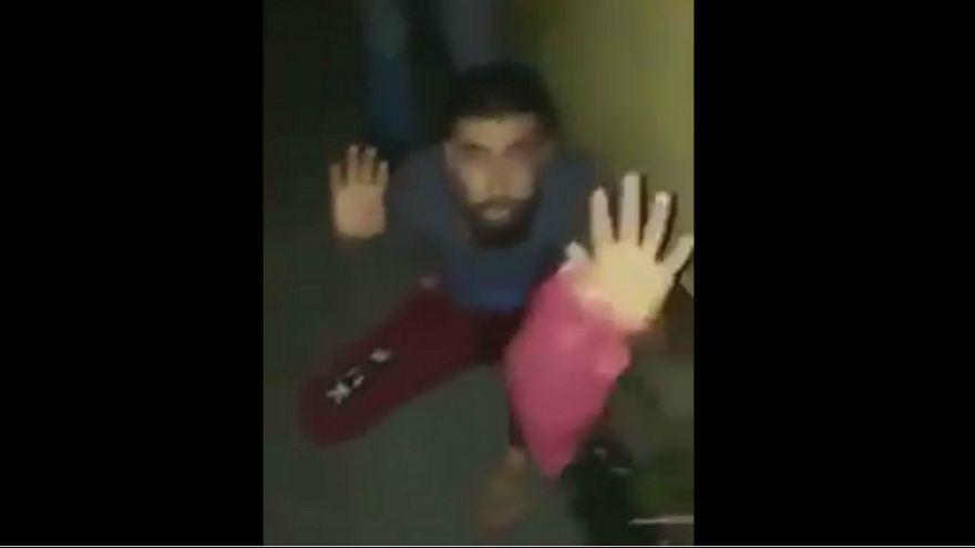 تصاویر تکان دهنده از ضرب و شتم پناهجوی سوری در لبنان