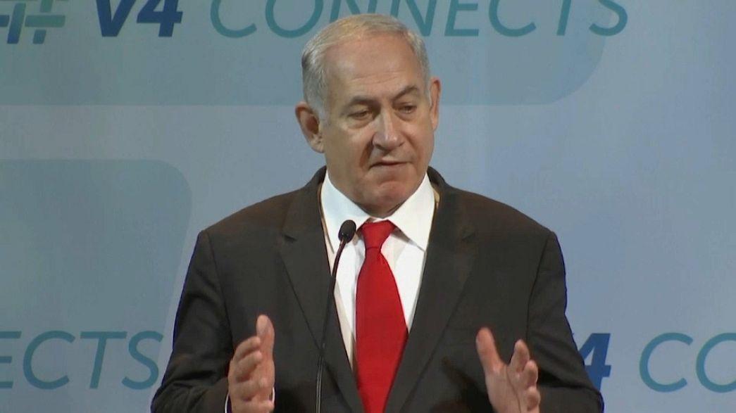 "A Budapest Netanyahu si scaglia contro la ""folle"" Europa"