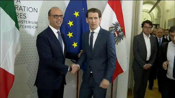 L'Autriche demande à l'Italie de garder les migrants sur ses îles