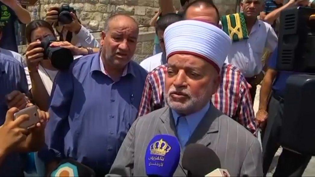 مفتي القدس: الفلسطينيون سيدخلون الآقصى من أبوابه وليس من بوابات إسرائيل الألكترونية
