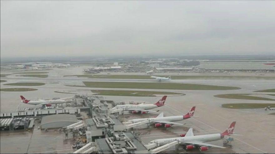 Túlzsúfolt a brit légtér, új stratégiát dolgoznak ki