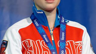 Fencing: Inna Deriglazova on top of the world