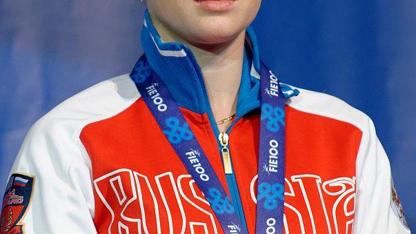 Χρυσό για την Ίνα Ντεριγκλάζοβα στο Παγκόσμιο Πρωτάθλημα Ξιφασκίας στη Λειψία