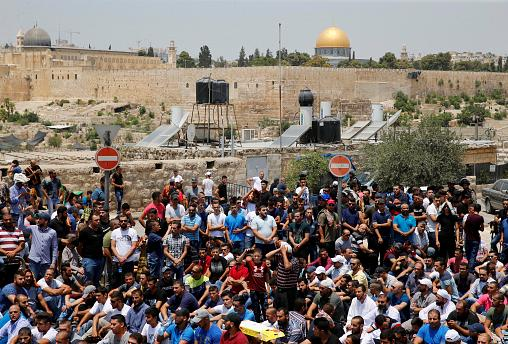 Six killed in violence following new Israeli security measures at Jerusalem's holiest site