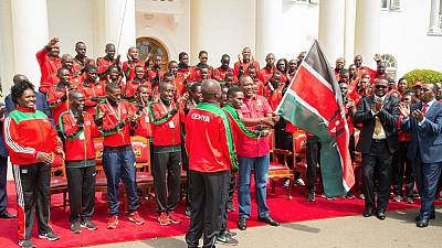 Kenyatta rewards Kenya's IAAF U18 winning team with cash, holiday travel