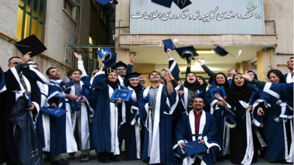 سلطه دروس تئوریک در رشته های فنی و تجربی دانشگاههای ایران