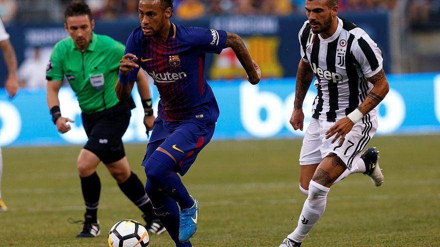 Neymar nets twice for Barca as PSG lie in wait