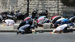 Gerusalemme: per il governo i metal detectors all'ingresso della Spianata delle Moschee restano