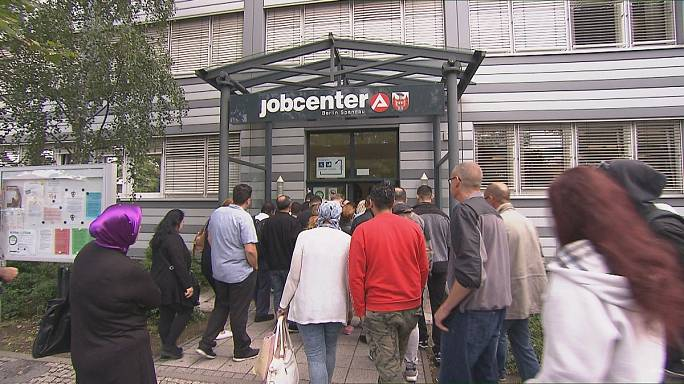 """Germany's """"working poor"""": employed but still in poverty"""