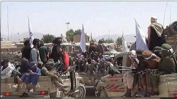 طالبان افغانستان در حمله به یک بیمارستان در ولایت غور دهها نفر را کشتند