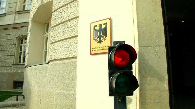 Германия не смягчает тон по отношению к Турции