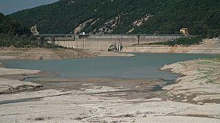 Wasserknappheit: Papst dreht den Hahn zu