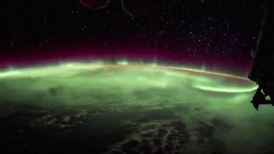 شفق قطبی از فضا چه شکلی است؟