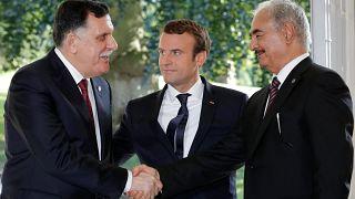 لقاء الإخوة الأعداء في باريس يثمر عن انتخابات ليبية في ربيع 2018