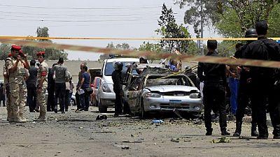 Egypte : un char écrase une voiture remplie d'explosifs pour tenter d