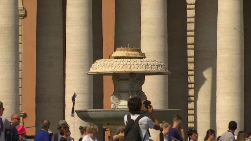 الجفاف يقطع المياه عن نافورات روما السياحية