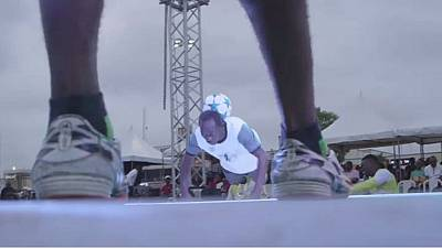 "Nigeria : championnat de football ""freestyle"""