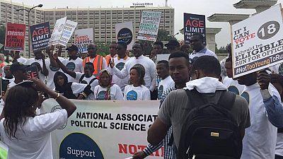 Nigeria : 500 jeunes manifestent pour abaisser les limites d'âge en politique