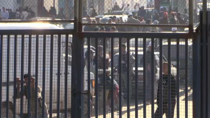 Detenido un hombre con un cuchillo en la frontera de Melilla